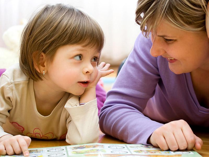играем в слова с мамой